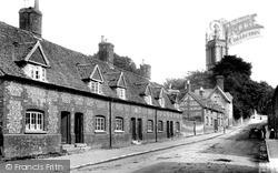 Almshouses And Church 1904, Andover