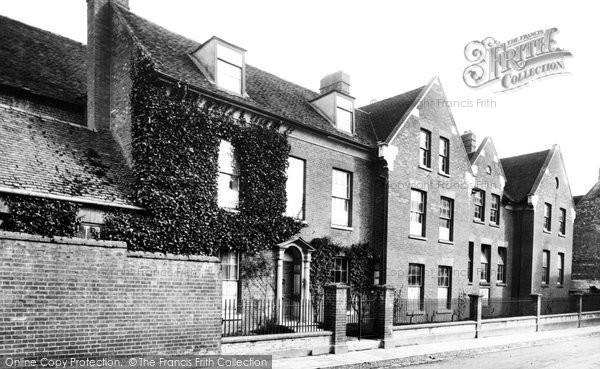 Andover, Grammar School, Church Close 1906