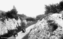 Andover, Ladies' Walk And Iron Bridge 1904