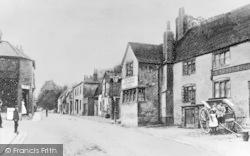 Andover, London Street c.1890