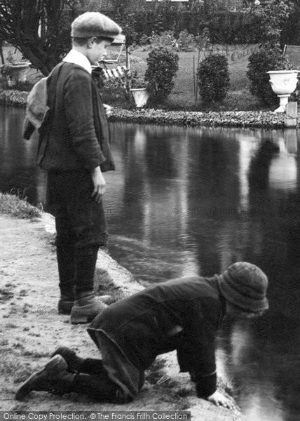 Andover, The River Anton 1913