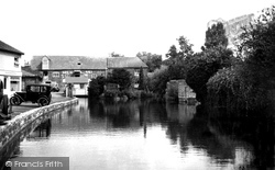 The River Anton And Town Mills c.1950, Andover