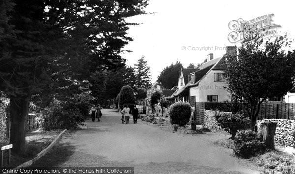 Photo of Angmering On Sea, Willowhayne Avenue c.1955