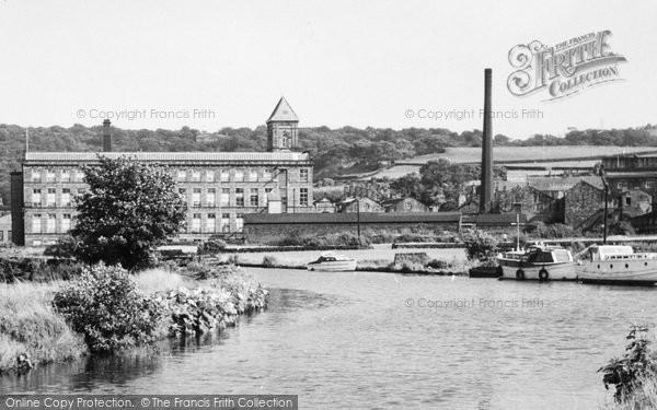 Apperley Bridge photo