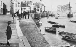 Boy On The Quay 1907, Appledore