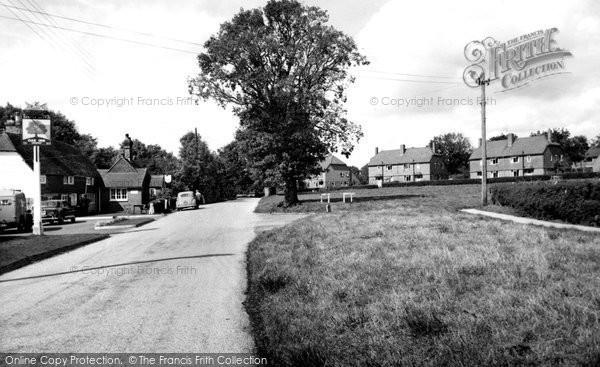 Ardingly, Oak Inn And Oaklands c.1960