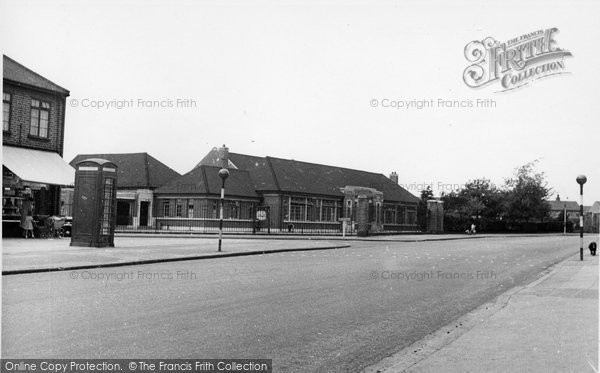 Photo of Ardleigh Green, the School c1955
