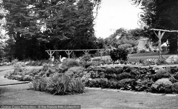 Arlington, Court, The Gardens c.1960