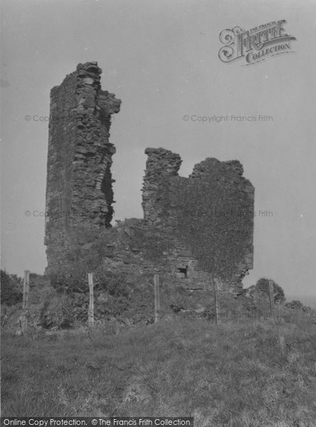 Photo of Arran, Kildonan Castle 1958