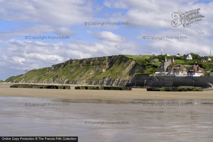 Photo of Arromanches Les Bains, From The Beach 2008
