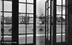 1936, Arundel