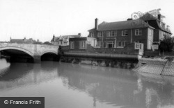 Bridge Hotel c.1960, Arundel