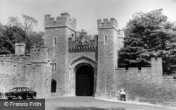 Castle Gateway c.1960, Arundel