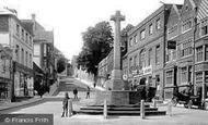 Arundel, High Street And War Memorial 1923