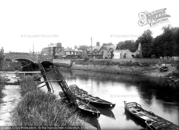 Photo of Arundel, River Arun And Bridge 1939