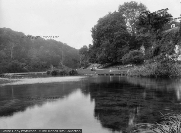 Photo of Arundel, Swanbourne Lake 1928