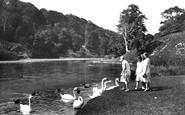 Arundel, Swanbourne Lake 1930