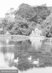 Arundel, Swanbourne Lodge And Lake c.1930