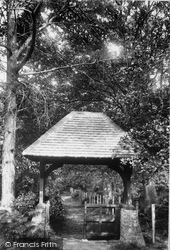 Ascot, Priory, Entrance To Cemetery 1901