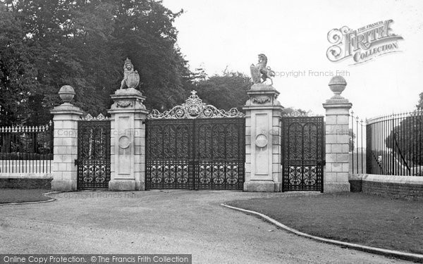Photo of Ascot, The Golden Gates c.1955