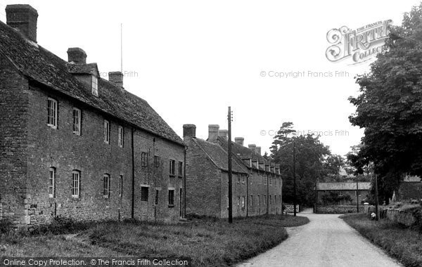 Photo of Ascott Under Wychwood, Church View 1950