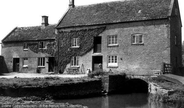 Ascott Under Wychwood,Langley Mill c1950,Oxfordshire