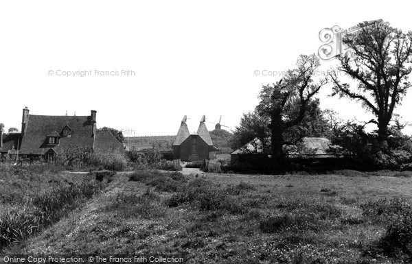 Ash, Moat Farm and Oast Houses c1955