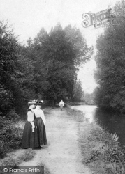 Ash Vale, Women By The Canal 1908