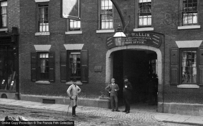 Photo of Ashbourne, Green Man And Black's Head Royal Hotel, Entrance 1886