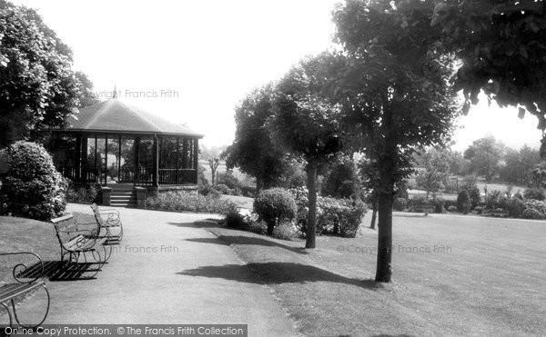 Ashbourne, Memorial Gardens c1955