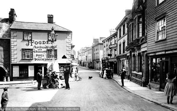 Photo of Ashburton, East Street And Bull Ring 1922