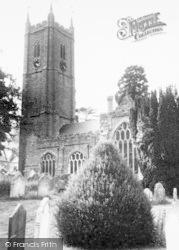 Ashburton, The Parish Church c.1960