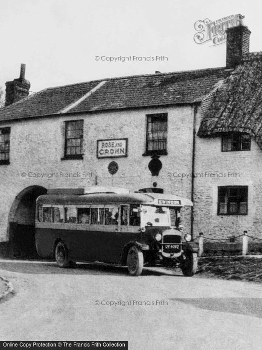 Photo of Ashbury, Bus At The Rose And Crown 1930