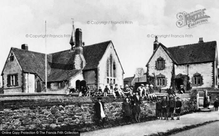 Photo of Ashbury, The School c.1926