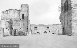 Ashby De La Zouch, Castle Ruins c.1965