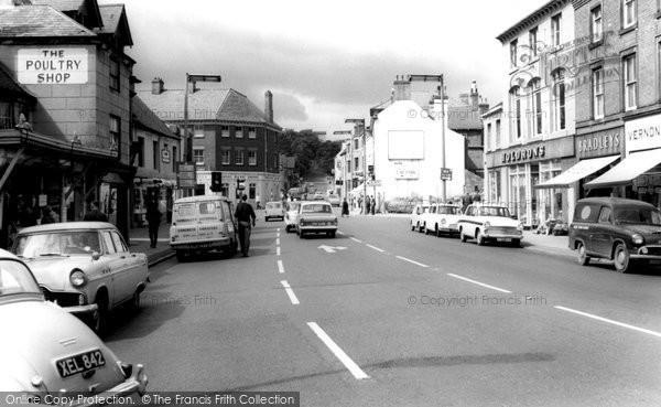 Ashby-De-La-Zouch, Market Street c1965