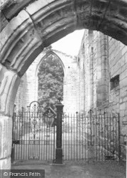Ashby De La Zouch, The Castle Chapel c.1955