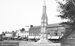 Ashby De La Zouch, The Cross c.1955
