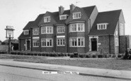 Ashby, The Beacon Hotel c.1965