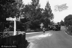Ashdown Forest, Directing Traffic At Wych Cross 1927