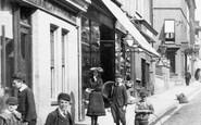 Ashford, Children In Bank Street 1903
