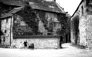 Ashford-In-The-Water, Old Cottages c1955