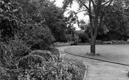 Ashford, Memorial Gardens c.1950