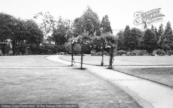 Photo of Ashford, The Memorial Gardens c.1960