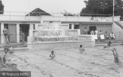 Ashford, The Swimming Pool 1962
