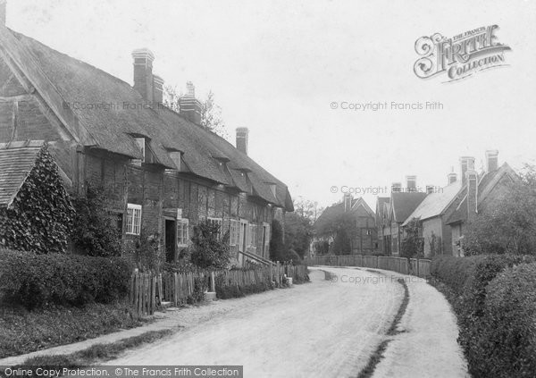 Ashow, the Street c1880