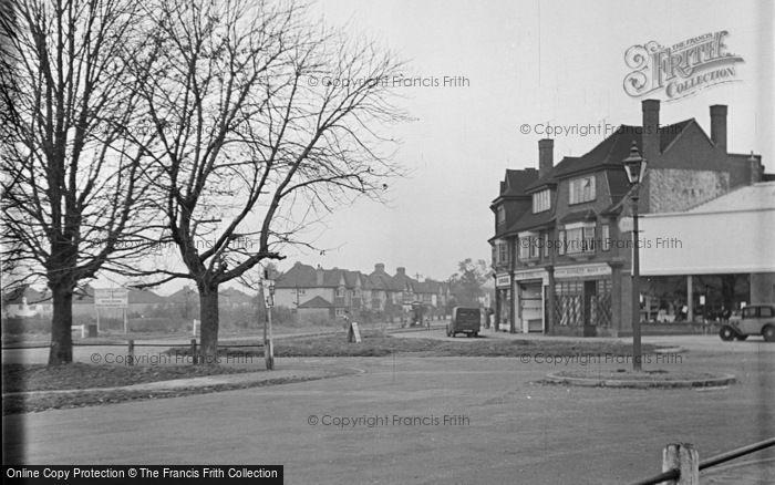 Photo of Ashtead, Craddocks Parade c.1950