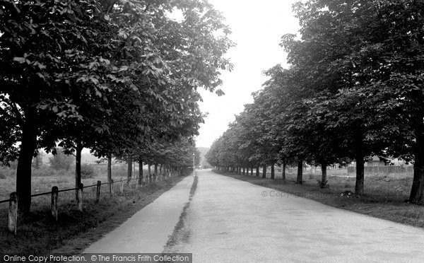 Photo of Ashtead, Station Road 1938