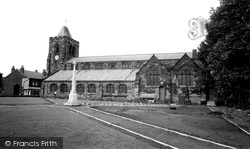 Ashton-In-Makerfield, St Thomas' Church c.1960