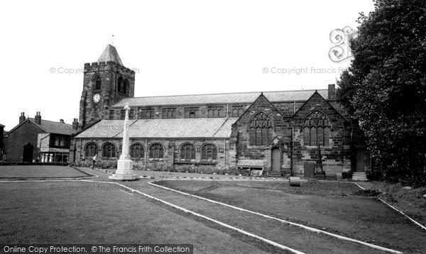 Ashton In Makerfield, St Thomas's Church c.1960